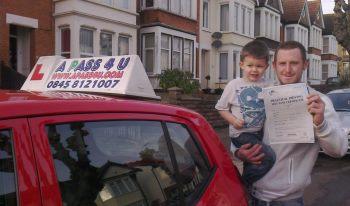 Kris Arculi passes in Basildon