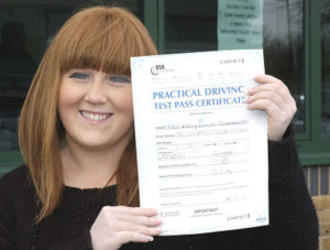 Kelly Dellahunty passes her driving test in Sidcup